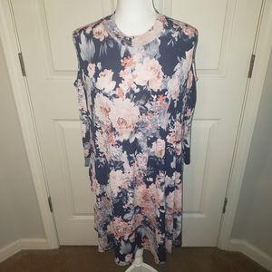 Flowy Floral Cold Shoulder dress with pockets